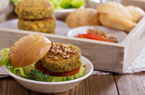 Hamburger di zucchine, la ricetta semplice e nutriente