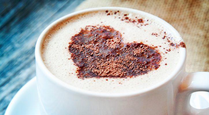 Come preparare il cappuccino con latte di soia