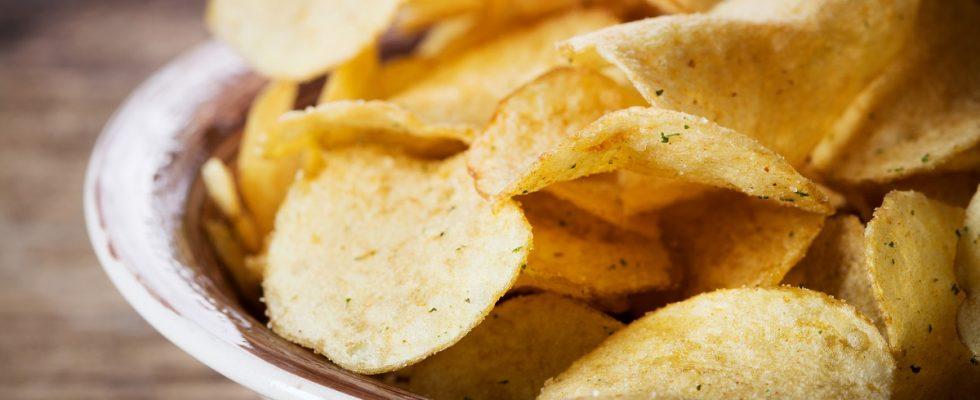 Le chips di patate dolci, la ricetta facile per l'aperitivo