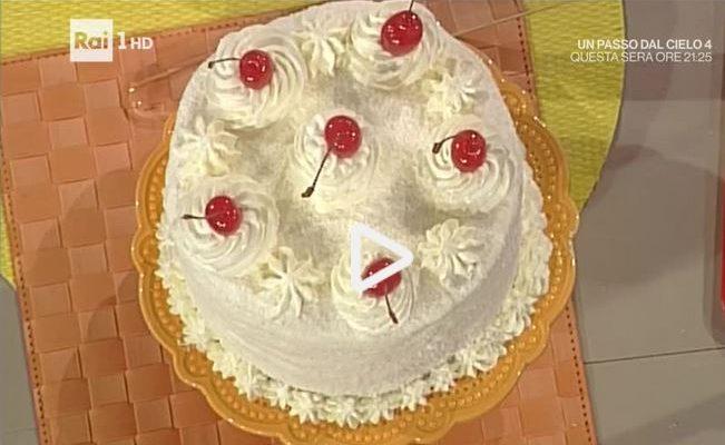 La video ricetta della coconut cake della Prova del Cuoco
