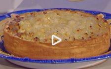Torta frangipane al pistacchio e pere caramellate: la video ricetta della Prova del Cuoco
