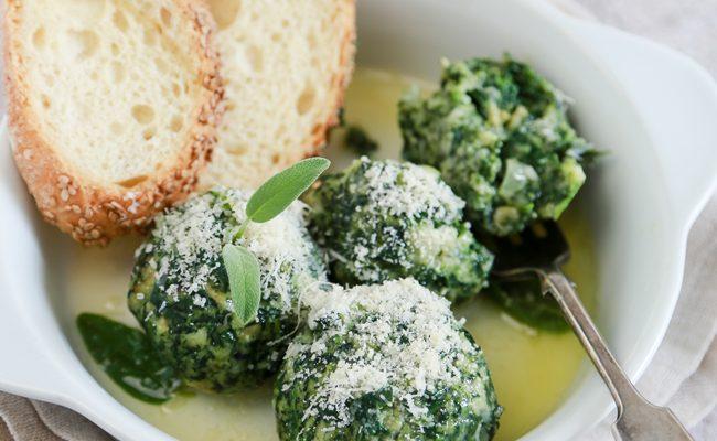 Canederli agli spinaci, un primo piatto pieno di fibre