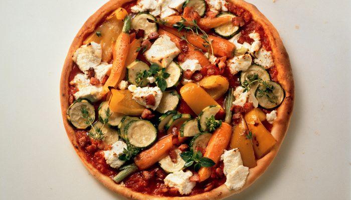 La ricetta della pizza ortolana fatta in casa
