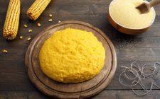 Polenta con zucchine e salsiccia: la ricetta del piatto appagante