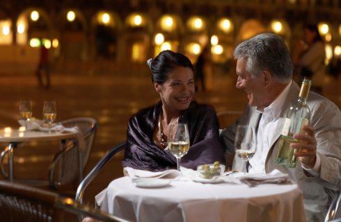Mangiare fuori: le liste di attesa di 21 ristoranti blasonati