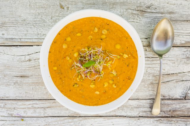 zuppa di piselli gialli