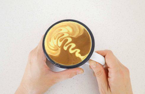 L'irresistibile fascino della curcuma: da Starbucks ai dessert casalinghi