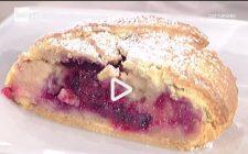La video ricetta dello strudel di pere e frutti di bosco della Prova del Cuoco