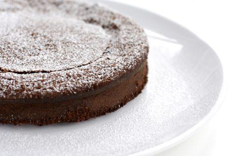 Torta al cioccolato con il Bimby, la ricetta e tutti i passaggi spiegati