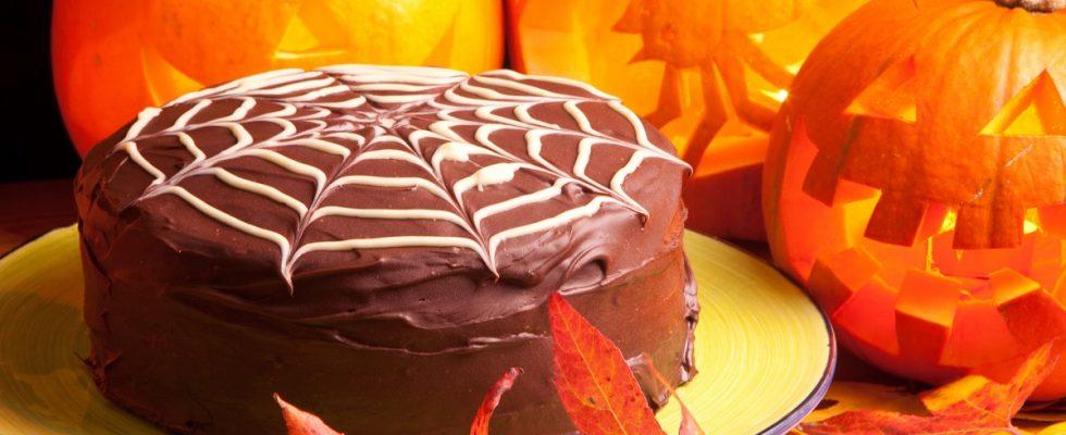 La ricetta facile della torta di Halloween