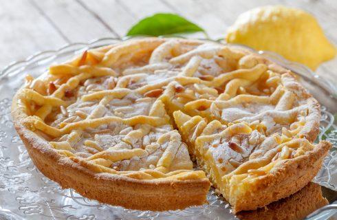 Torta della nonna, la ricetta perfetta per la Festa dei nonni