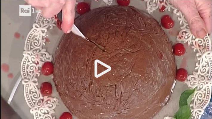 Zuccotto panna e cioccolato: la video ricetta della Prova del Cuoco