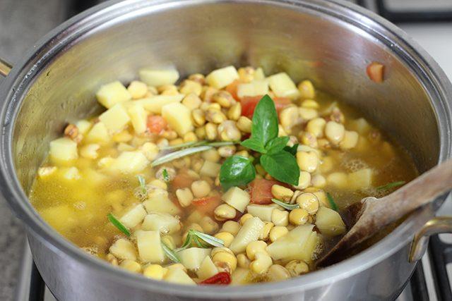 zuppa-di-cicerchie-foto6