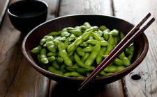 Se fosse vero, potreste mangiarne a volontà: 15 cibi che non fanno ingrassare