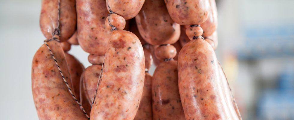 Ritirate salsicce fresche per possibile contaminazione