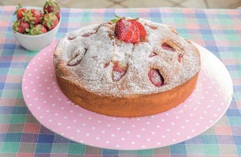 Torta morbida ricotta e fragole con bimby