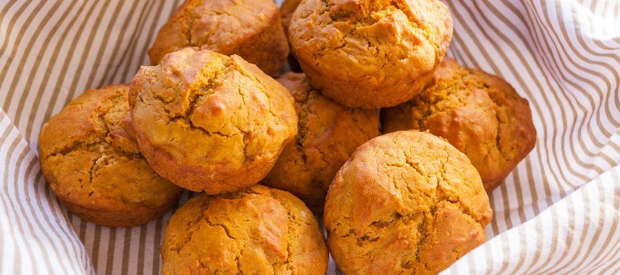 Come preparare i muffin salati alla zucca e pancetta