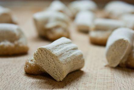 La ricetta siciliana delle ossa di morto dolci