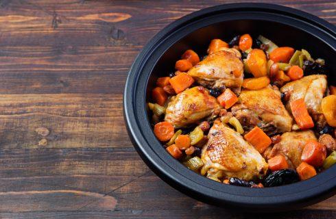 Il pollo con castagne e prugne con la ricetta sfiziosa
