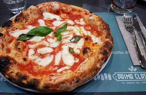 Prima Classe: Enzo Bastelli apre la sua nuova pizzeria a Caserta