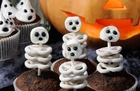 Decorazioni dolci di Halloween: gli scheletri al cioccolato