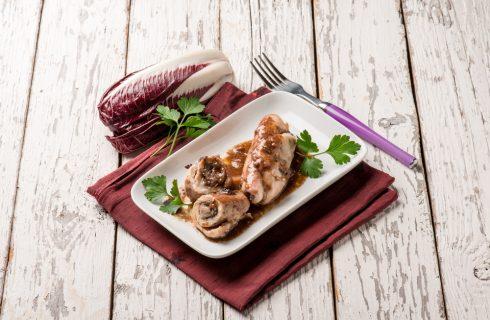 Involtini di pollo al radicchio, cremosi e saporiti