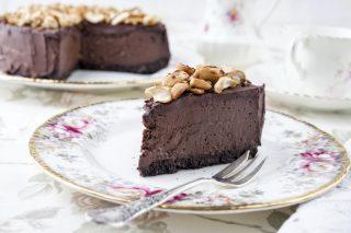 Cheesecake cioccolato e arachidi, un dessert dolce e salato