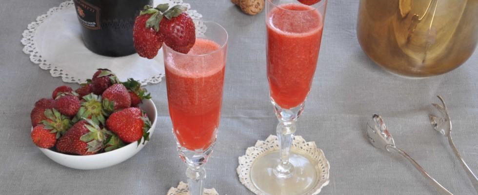 Aperitivo alcolico alle fragole: con il bimby