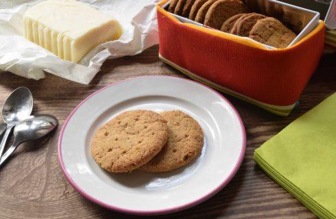 Biscottini tipo Digestive con il bimby