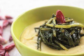 Fave in purea con verdure ripassate: semplice farlo con il bimby