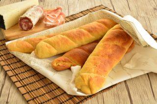 Filoncini di pane con strutto facile farli con il bimby