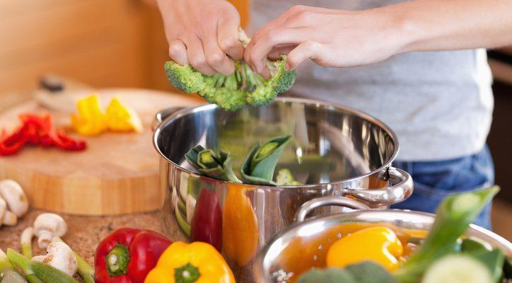 Come riutilizzare l'acqua di cottura delle verdure: 6 idee