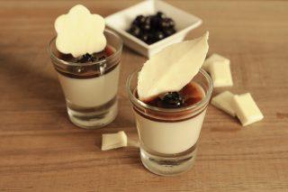 Bicchierini al cioccolato bianco con il bimby