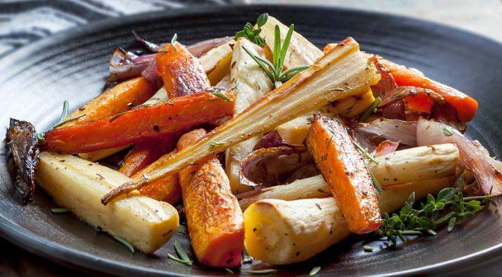 Pastinaca al forno: la ricetta per un contorno gustoso