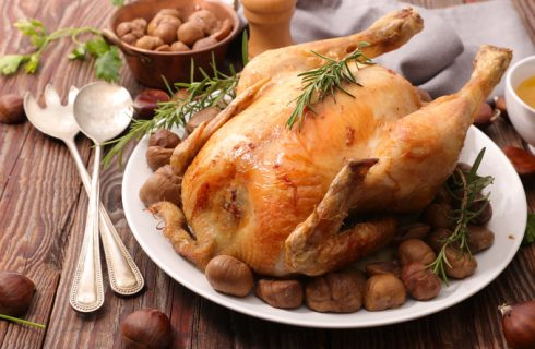 Come preparare il pollo ripieno con castagne