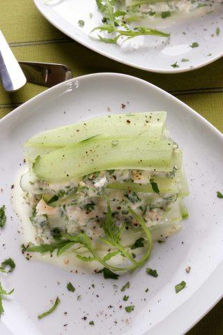 Bimby: l'insalata di polpa di granchio e cetrioli con yogurt