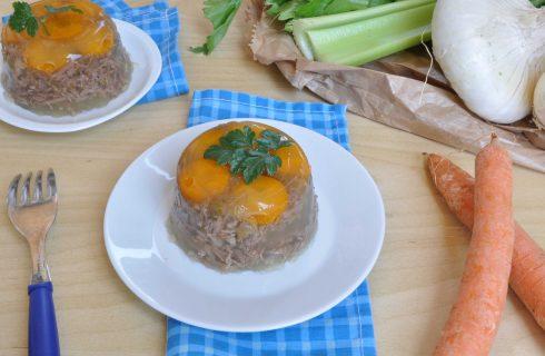 Gelatine di carne con verdure: ricetta retrò con il bimby