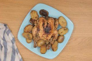 Pollo e patate in slow cooker, un classico con cottura moderna