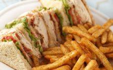 Il club sandwich con la ricetta di Cannavacciuolo