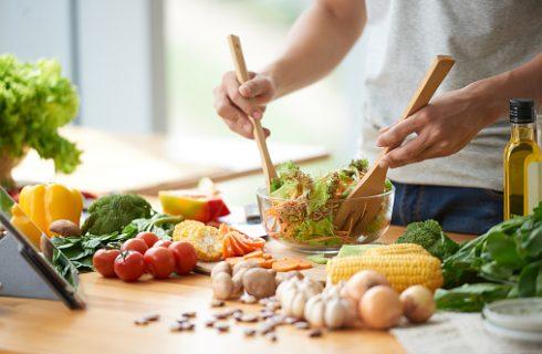 Come condire l'insalata senza olio e sale con i consigli di Blogo