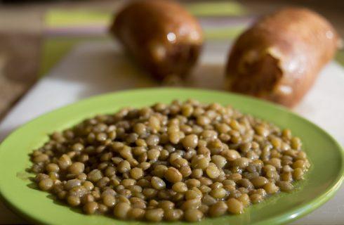 Come si prepara il cotechino con lenticchie in scatola