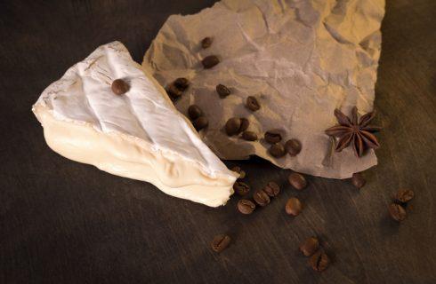 Crostini con gorgonzola e cioccolato, la ricetta originale per Capodanno