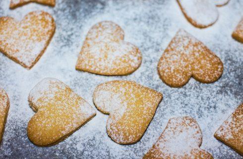 I biscotti alle mandorle con la ricetta facile e veloce