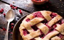 Crostata con marmellata al melograno, il dolce portafortuna per Capodanno