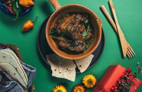 A scuola di cucina da Airbnb: le ricette dal mondo del colosso dell'ospitalità