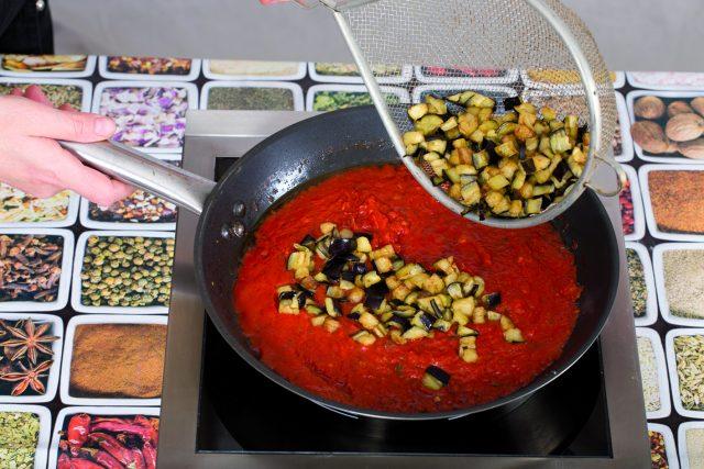 anelletti-alla-siciliana-vegani-4c