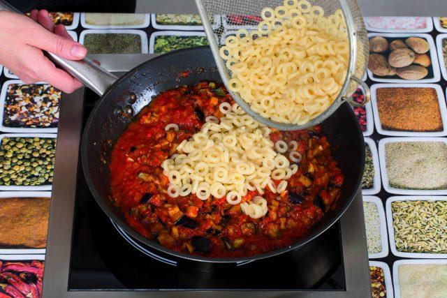 anelletti-alla-siciliana-vegani-5b