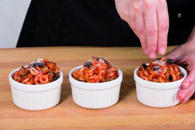 anelletti-alla-siciliana-vegani-6d