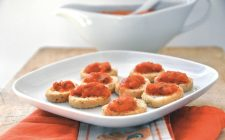 Bruschette alla crema di peperoni, l'antipasto da realizzare con il bimby
