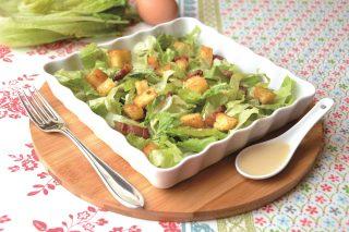 Pranzo gustoso: caesar salad da preparare con il bimby